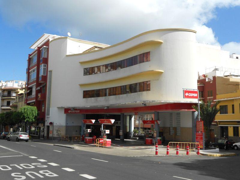 Fermín Suárez Valido. Edificio DISA en Las Palmas