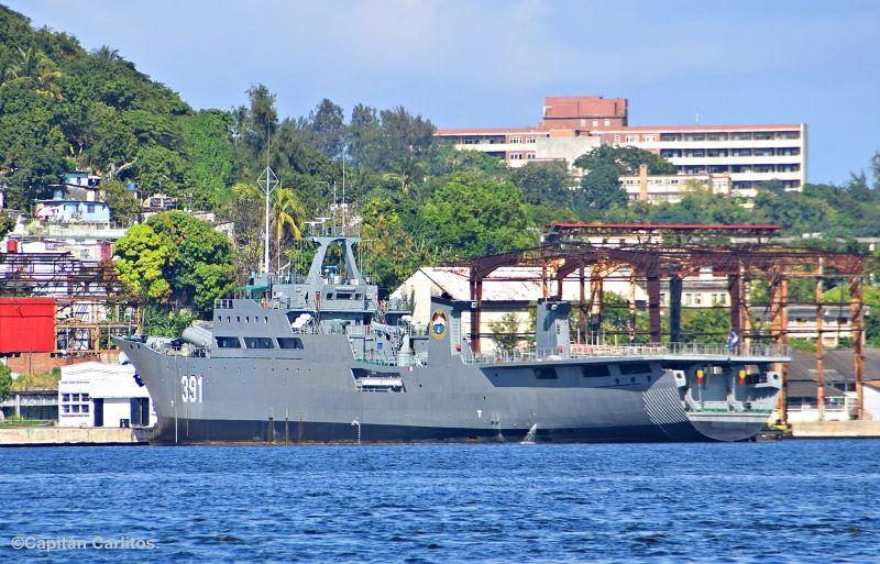 """El buque """"Río Damuji"""" tiene su base en el puerto de La Habana"""
