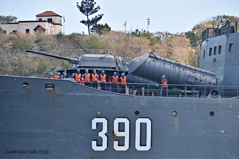 Detalle del armamento situado sobre cubierta
