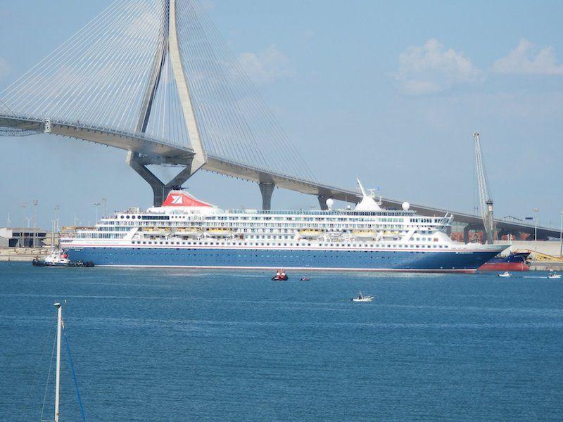 """El buque """"Balmoral"""", buque-insignia de Fred. Olsen Cruise Line"""
