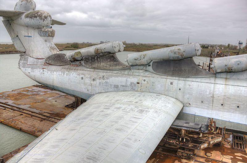 Lanzadores de misiles alojados sobre la estructura del fuselaje