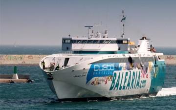 "La línea Denia-Formentera-Ibiza está a cargo del buque ""Ramón Llul"""