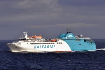 """El ferry """"Passió per Formentera"""" cubre la línea Algeciras-Ceuta"""