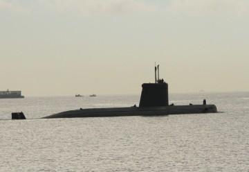 """El submarino """"Mistral"""", a su salida de su base en Cartagena"""