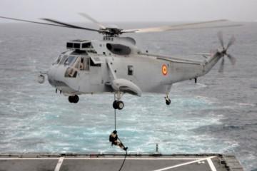 Este helicóptero cumple 50 años de presencia en la Armada española