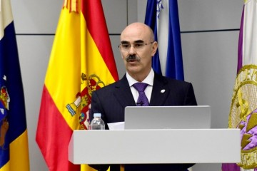 """El doctor Francisco Perera Molinero, nuevo presidente del Círculo de Amistad """"XII de Enero"""""""