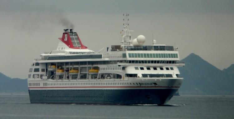 """El buque """"Braemar"""", a su llegada este mediodía a Vigo"""