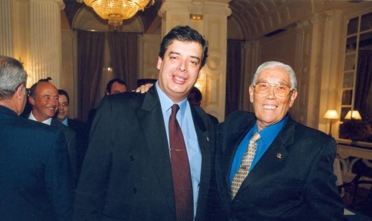 """Vicente Ramos Hernández y Juan Carlos Díaz Lorenzo, en la presentación del libro """"Las Alas del Atlántico"""" (2002)"""