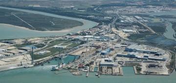 Panorámica del astillero de Puerto Real, que vuelve a construir petroleros