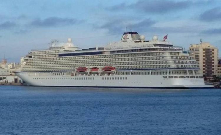 """Estampa marinera del buque """"Viking Sea"""", por primera vez en el puerto de Cádiz"""