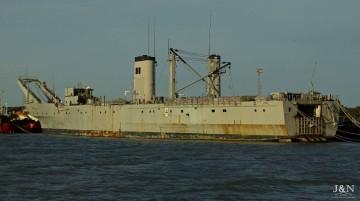 """Este es el estado de desguace que presentaba ayer el buque """"Pizarro"""""""