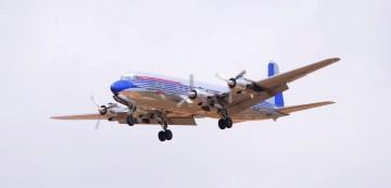 Tiene 58 años de vida aeronáutica y menos de ocho mil horas de vuelo