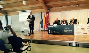 Juan Carllos Díaz Lorenzo, en el transcurso de su conferencia sobre el Centenario de Trasmediterránea