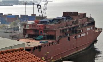 El buque lleva tres años en el astillero Talleres Vulcano y el futuro no está claro