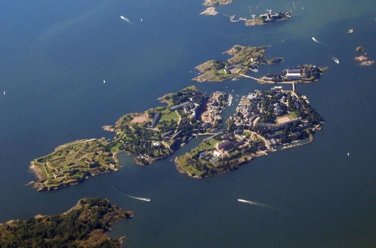 Vista aérea del  pequeño archipiélago de Suomelinna