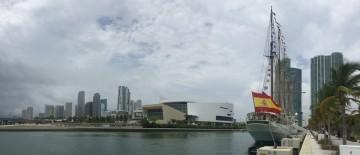 """El buque-escuela """"Juan Sebastián de Elcano"""", durante su estancia en Miami"""