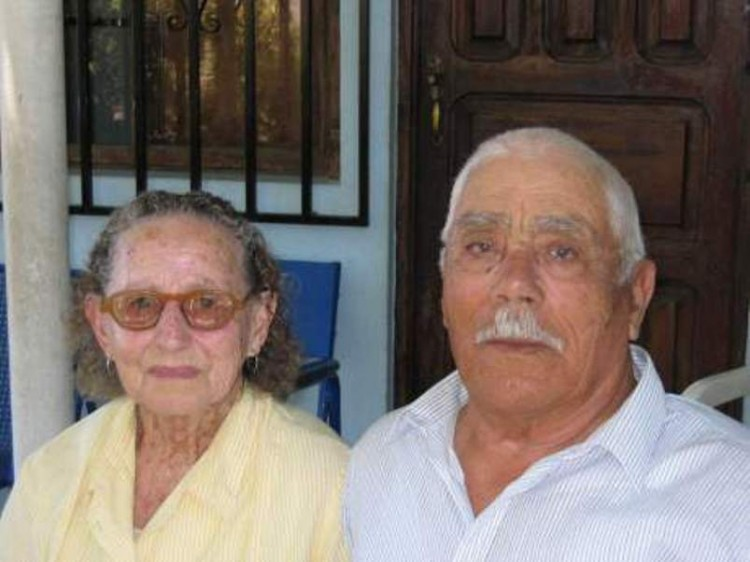 José Expósito Pérez (1919) y  Juana Camacho González (1922-2011)