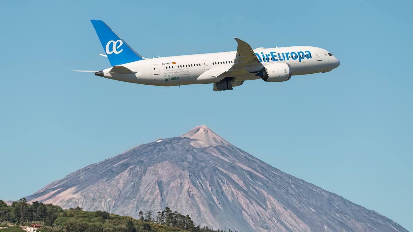 El Primer Boeing B 787 De Air Europa En La Linea Madrid Tenerife