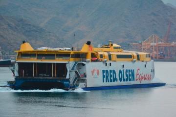 Puertos de Tenerife ha movido 1,4 millones de pasajeros en cuatro meses de 2016