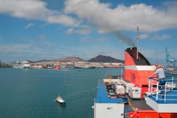 El puerto de Las Palmas de Gran Canaria pierde carga y pasajeros en el primer cuatrimestre del año