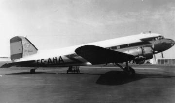 Douglas DC-3 de Iberia matrícula EC-AHA