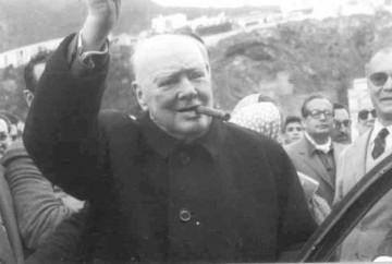 Churchill saluda a su llegada a Santa Cruz de La Palma