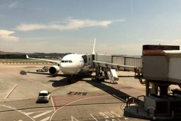 Air Europa trata de reubicar a los pasajeros afectados por la huelga