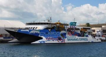 """El catamarán """"Pinar del Rio"""" regresa a España y hay que buscarle trabajo"""