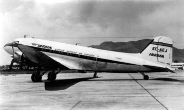 Douglas DC-3 de Iberia, matrícula EC-AEJ