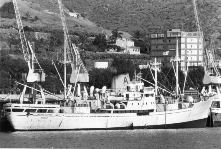 """El buque """"Monte Arucas"""", transformado en frigorífico, en Santa Cruz de Tenerife"""
