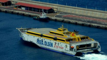 """Fred. Olsen ha reprogramado el """"Benchijigua Express"""" para el traslado de la UME"""