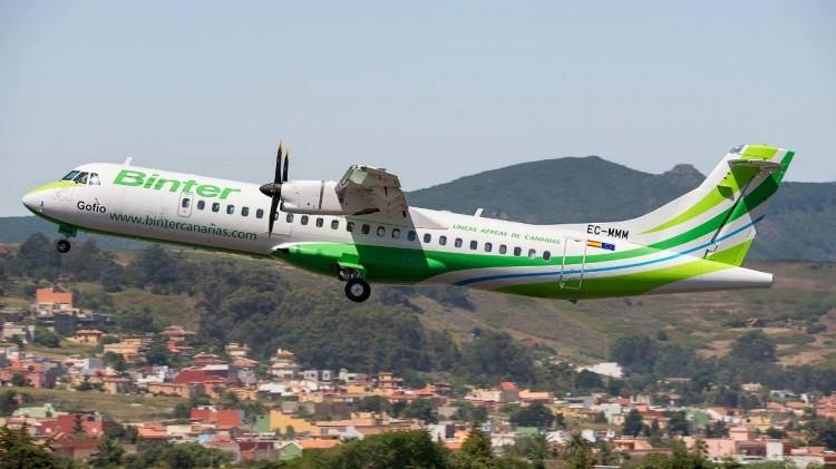 """El recién estrenado ATR-72 serie -600 de Binter, EC-MMM, de nombre """"Gofio"""""""