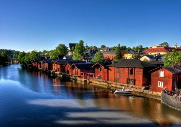 Las casas rojas de Porvoo se pintaron así en honor a Gustavo III