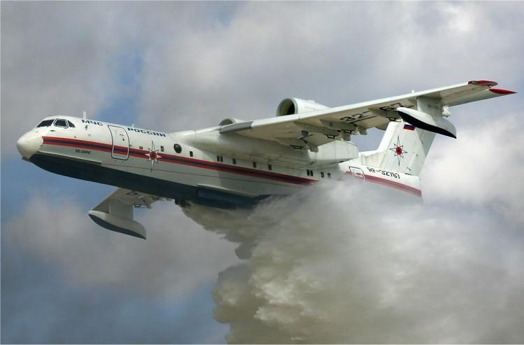 Este es el hidroavión ruso Beriev Be-200