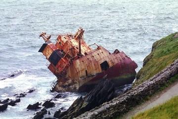 """La sección de popa del buque """"Ranga"""", en una imagen de 1986"""