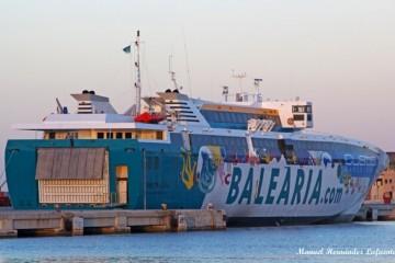 """El monocasco """"Ramón Llul"""" fue construido expresamente para las medidas del puerto de Ciudadela"""