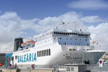 """El buque """"Denia Ciutat Creativa"""", el día de su presentación en Barcelona"""