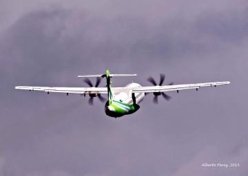 Los pilotos de Binter acreditan su preparación y capacidad técnica. Garantía plena