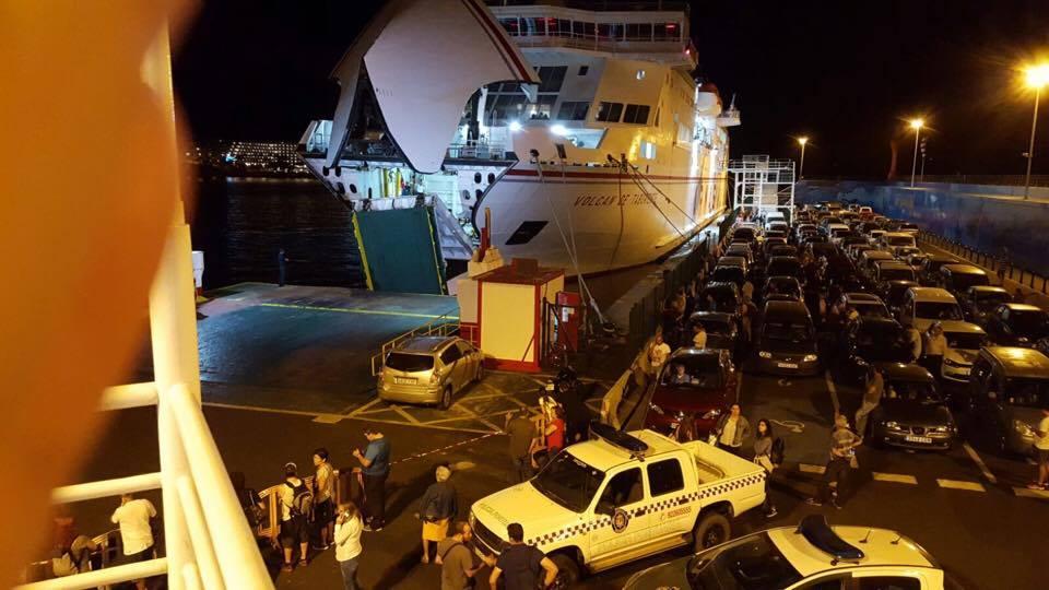 El asunto parece que va para largo y en esas ciondiciones el barco no podrá navegar