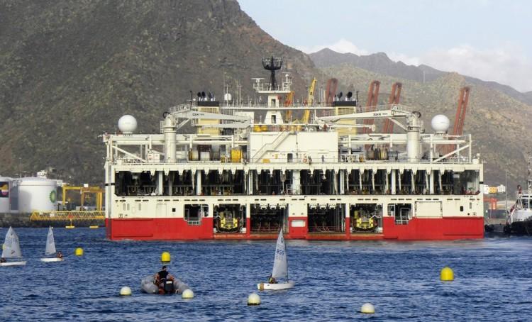 """Vista de la espectacular manga del buque """"Ramform Titan"""""""