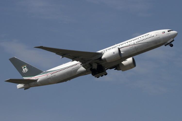 Boeing B-777  200LR, al servicio de Ceiba Intercontinental