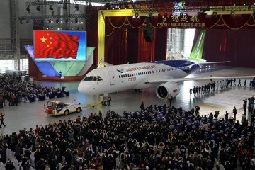 La presentación del avión C919 fue todo un acontecimiento en China