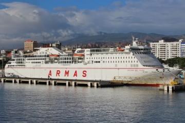 """Las prácticas de los alumnos de Náutica se hacen a bordo del buque """"Volcán del Teide"""""""