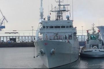"El patrullero de altura ""Serviola"", a su llegada esta mañana al arsenal de Ferroi"