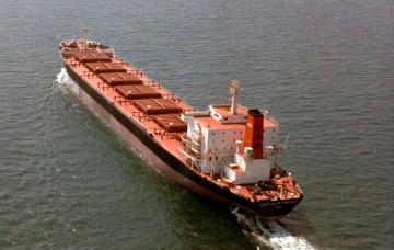 """El buque """"Castillo de Arévalo"""", en sus pruebas de mar"""