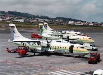 El avión ATR-72 EC-FKQ en Tenerife Norte, recién privatizada Binter Canarias