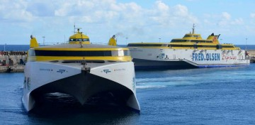 """El catamarán """"Bencomo Express"""" relevará durante días al """"Benchijigua Express"""""""