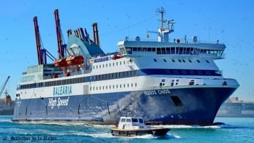 """El ferry griego """"Nissos Chios"""" entrará en para técnica en febrero"""