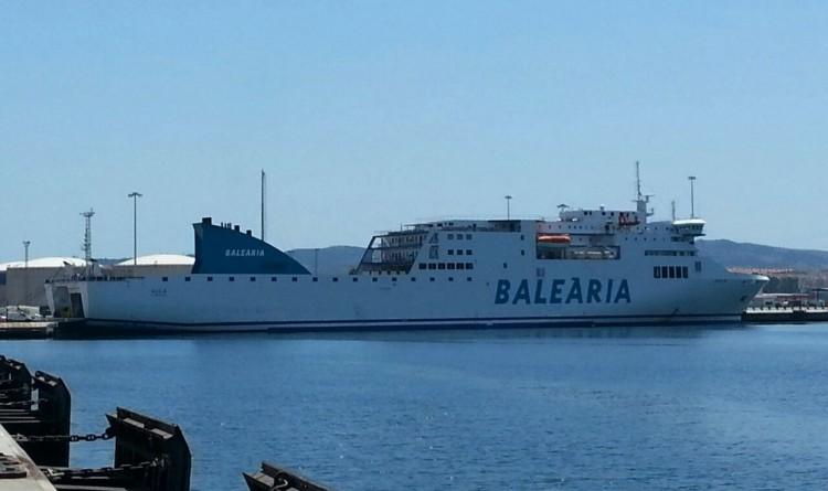"""El buque """"Sicilia"""" está fletado al servicio de Balearia"""