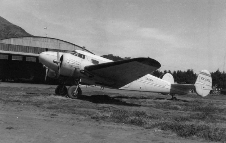 Beechcraft 18.S Executive (EC-ARO) de TASSA